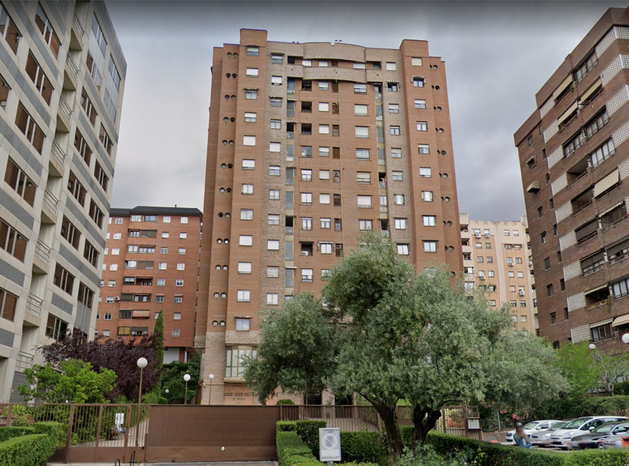 SANTIAGO DE COMPOSTELA. MADRID